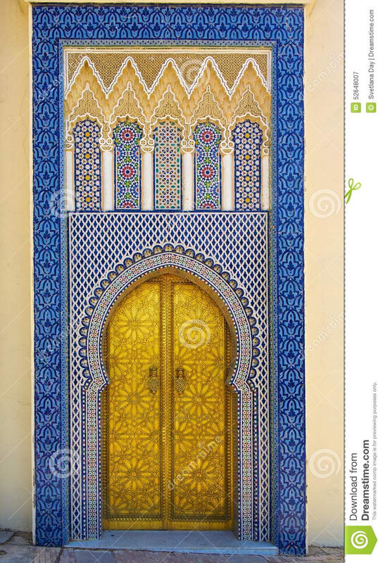 porte-au-palais-du-roi-du-maroc-52648007
