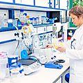 Laboratoires d'<b>analyse</b> <b>médicale</b>: un joli gâteau de 4,5 Mds d'euros livré aux appétits financiers