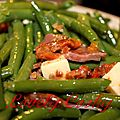 Salade de haricots verts aux magrets séchés et au saint nectaire