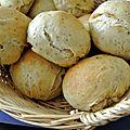 Petits pains moelleux aux herbes