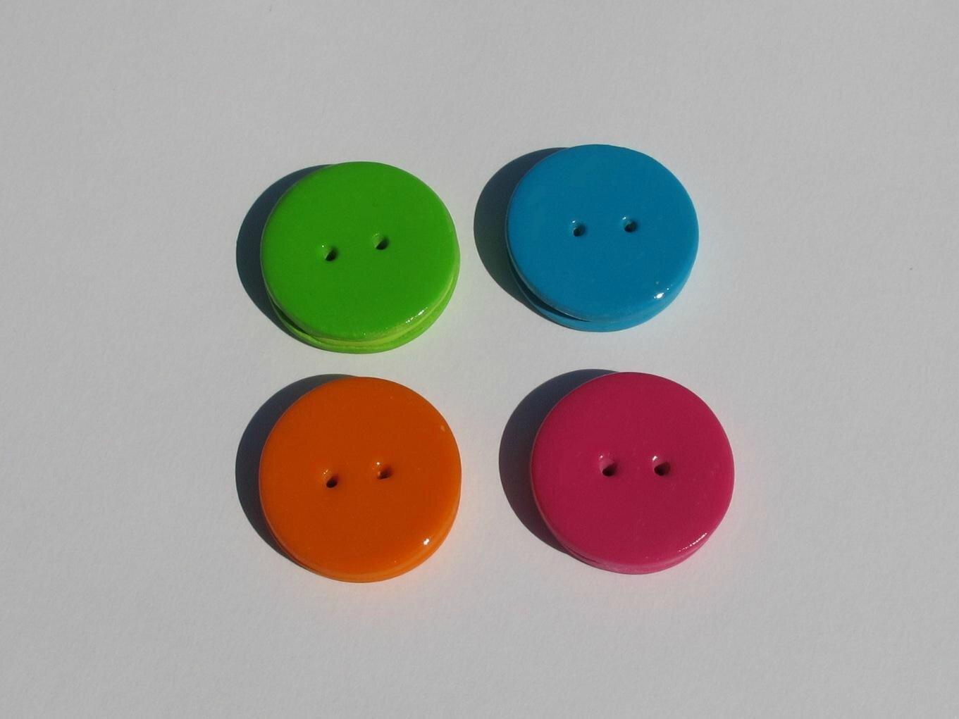 boutons macarons fimo