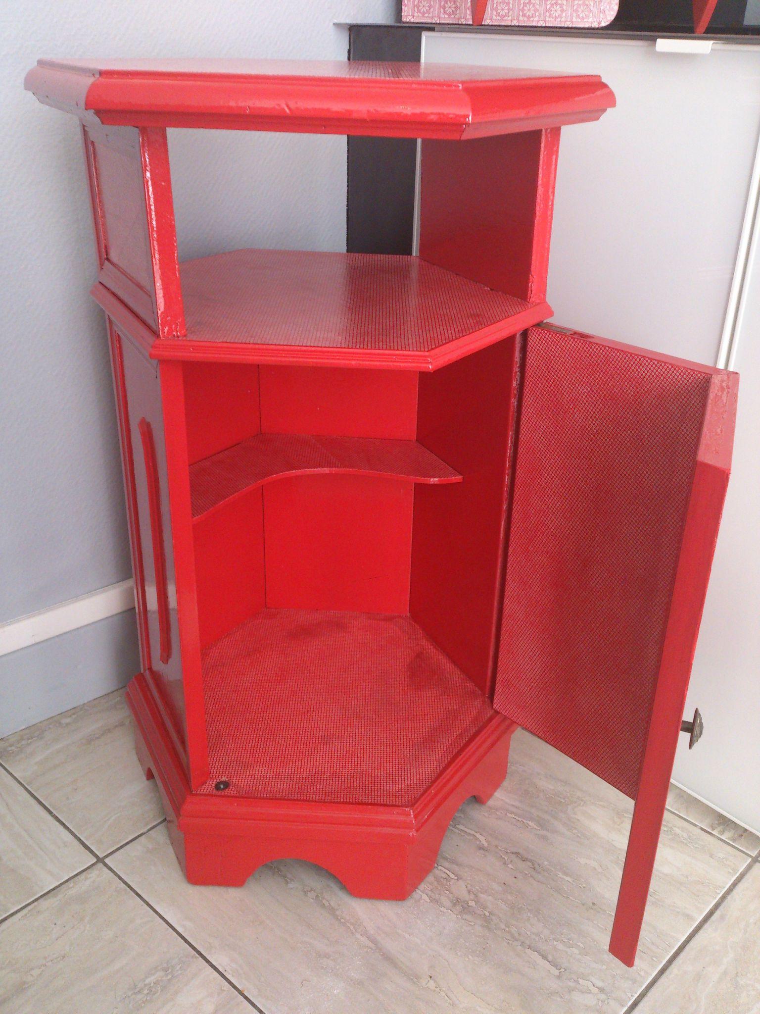 mobilier : meuble hexagonal