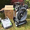 Test de la nouvelle <b>tondeuse</b> à gazon sur batterie EGO