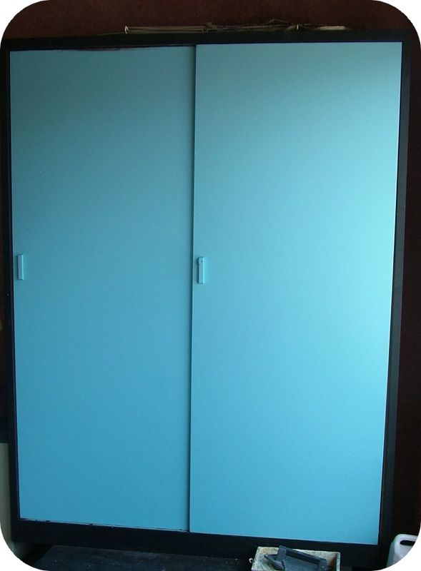 Une armoire en fer relookée