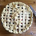 Apple berries pie