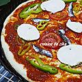 PIZZA ITALIENNE A LA SEMOULE MOZZARELLA BASILIC A LA PLANCHA