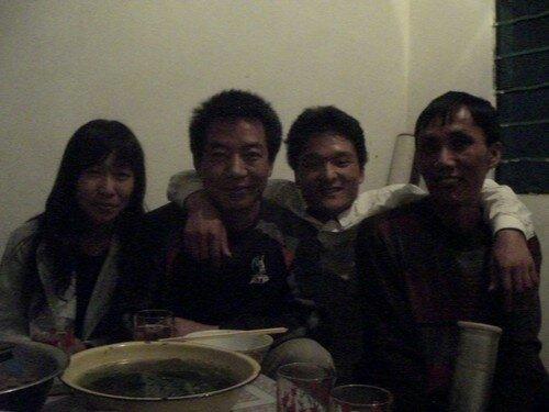 Zhou, Phou et Su, amis d'un soir