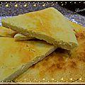 Le matlouh, pain algérien à la semoule
