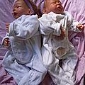 les jumelles emma et océane ( adoptées)