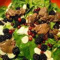 salade aux foies de volaille et aux fruits rouges