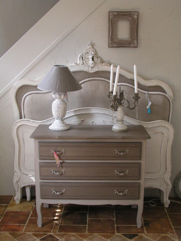 commode patines et cie relooking de meubles. Black Bedroom Furniture Sets. Home Design Ideas