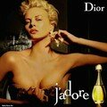 Le parfum...symbole de la feminite asolue...