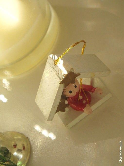 Tout-petit ange de Noël