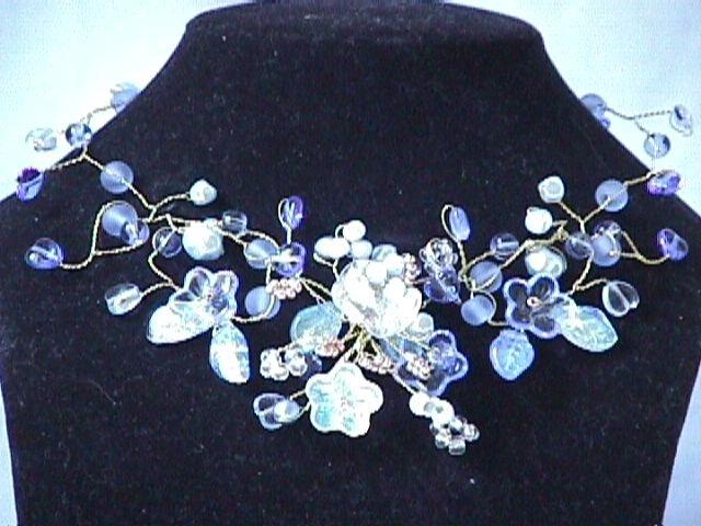 Collier Arabesque bleu ciel