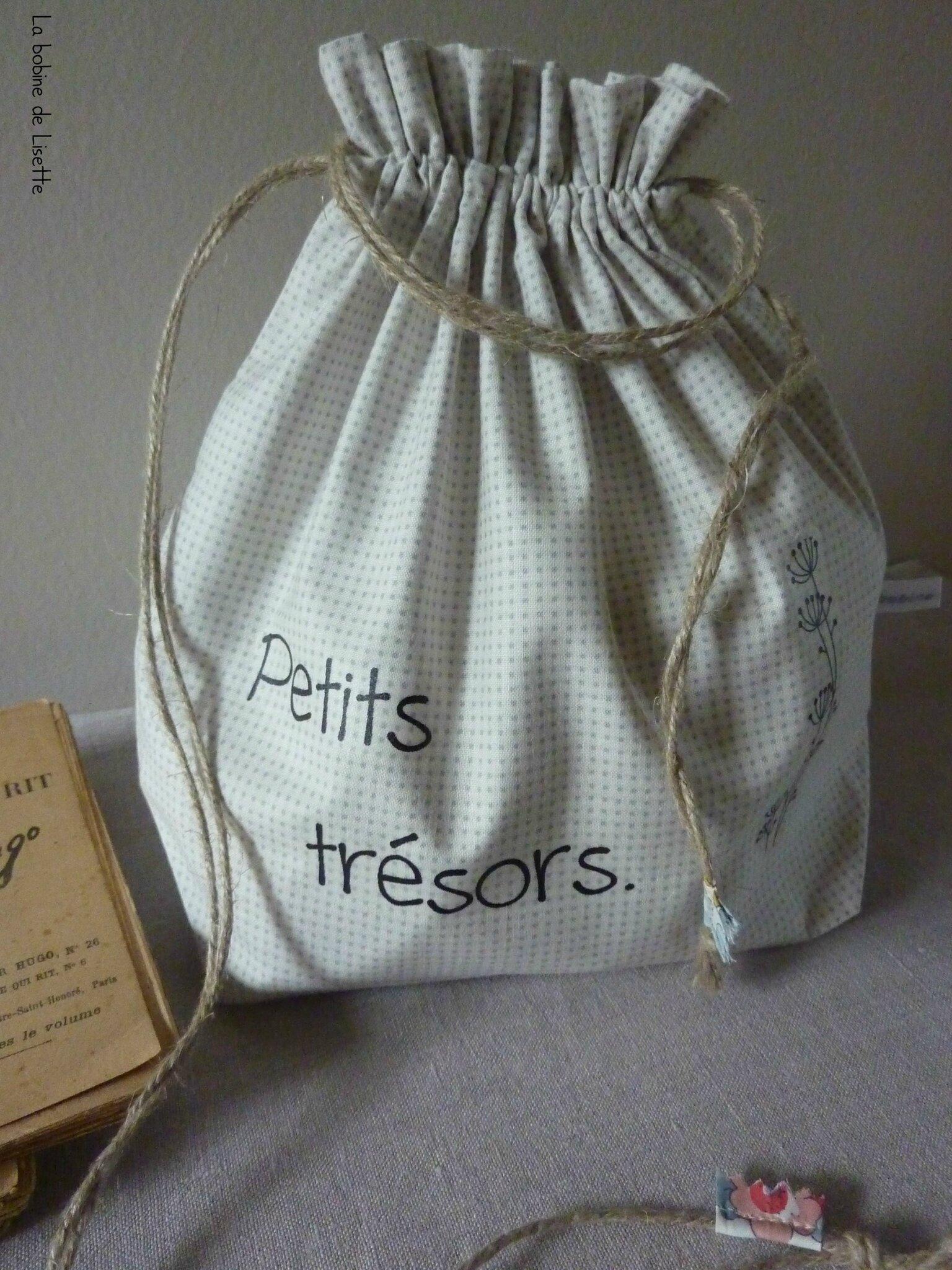 """Pochon """"Petits trésors""""."""