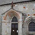 15_St Alban sur Limagnole_porche église