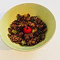 Présentation Vivien <b>Paille</b> et recette de poêlé de courgettes au boulgour et ses petits légumes.
