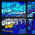 Les vitraux du xxe siècle de l'église saint-florent de savines-le-lac