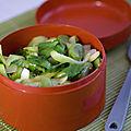 Bok choy sauté et fèves fraîches justes blanchies