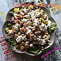 Salade de saumon, pommes de terre et concombre mariné