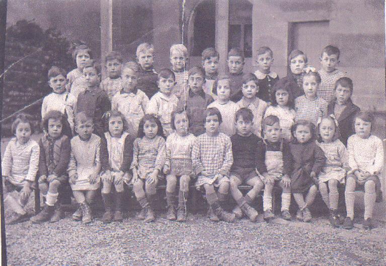 Ecole maternelle de Ste-Foy, 1944