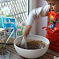 Faire de la pâtisserie simple & facile avec les enfants et 6 ingrédients de base {recette de crêpes et gâteau marbré chocolat}