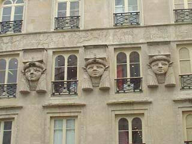 8 - Passage Couvert du Caire - 16 rue du caire - 239 rue St Denis