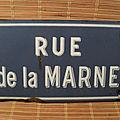 Ancienne <b>plaque</b> de <b>rue</b> émaillée <b>RUE</b> DE LA MARNE enameled street sign