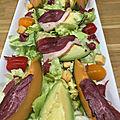 <b>Salade</b> <b>Fraîcheur</b> de Magrets sur lit de melon et d'avocat