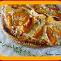 Pizza aux fruits et crème de mascarpone et ricotta au confit de roses