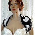 Cache-épaule dentelle noir et blanc tulle satin accessoire de mariée mariage