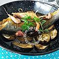 Bar au curcuma aux crevettes sur lit d'aubergine et oignon <b>rosé</b> et bonne fête des mères