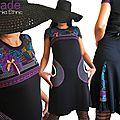 Robe Féminine Fantaisie et Originale Noire & dentelle violette et Imprimé wax Graphique multicolore