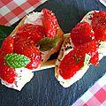 Tartines {chèvre-fraises-miel}