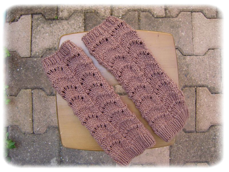 Mitaines Accidental Girly Mitts - mai 2011