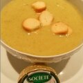 Soupe de légumes verts à la crème de roquefort