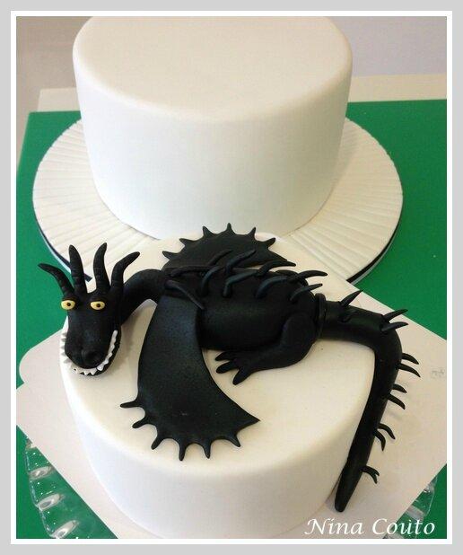 gateau dragon nimes 2