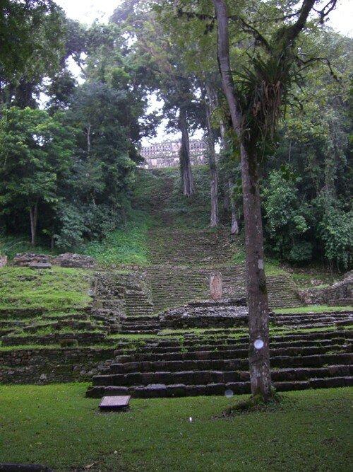 Yaxchilan - Grand Staircase