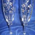 <b>Verres</b> à champagne <b>gravés</b>