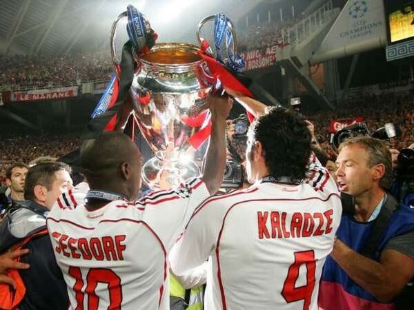 clarence seedorf 30 ans, 4 champion's league remportées.