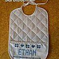 Bavoir Ethan.