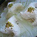 Arayeche ,3arayeche messekrine aux pistaches عرايش ( gateau algerien)