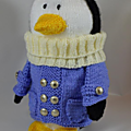 Traveling penguin - knitting by post