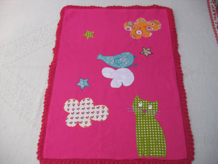 petite couverture tricot et application