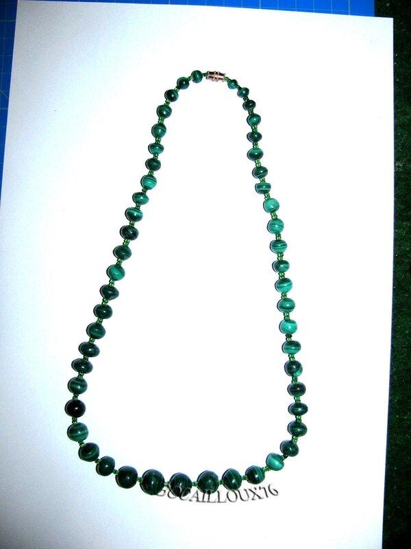 Collier MALACHITE 14 Perles (2)