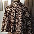 Veste VICTORINE en toile de coton imprimé léopard - Doublure de satin noire (1)
