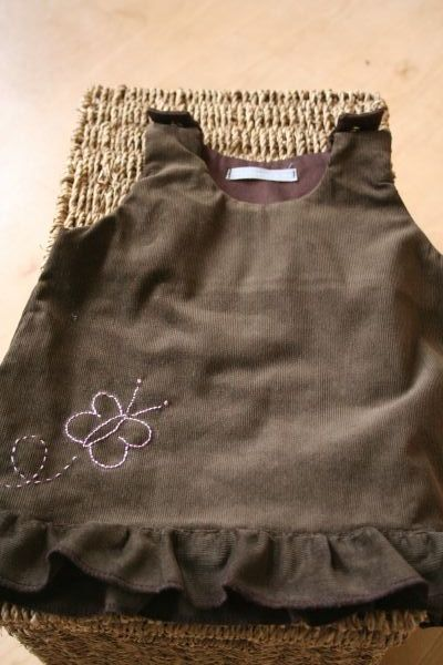 Petite Robe Makié en velour mille raies chocolat