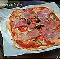 Pizza aux saveurs basques ~ossauiraty, jambon de bayonne, poivron et tomate~