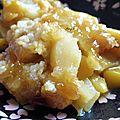 <b>Crumble</b> à la mangue, pommes et bergamote