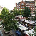 Les rues ont pris l'allure d'un grand marché,